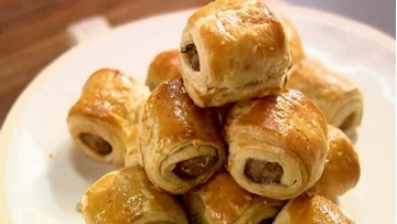 Picture of Foodmakers Frozen Mini Sausage Rolls Box 75 x 28g